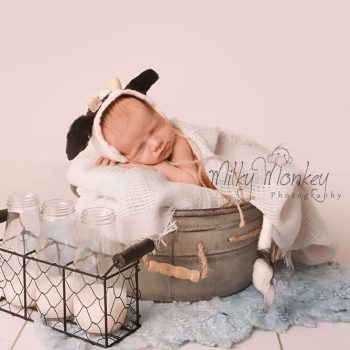 Montgomery County Newborn Photographer – Baby Isaac – 10 Days New