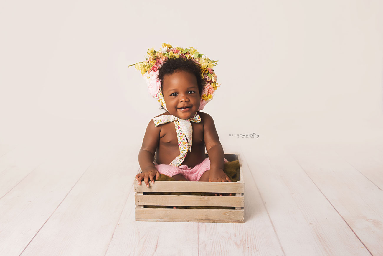 Maryland-Baby-photographer-baby-girl-1-year-old-flower-bonnet-milky-monkey-photography